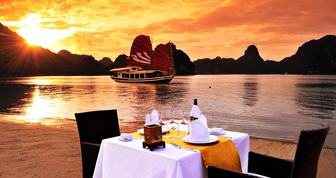 Croisière privée dans la baie d'Halong