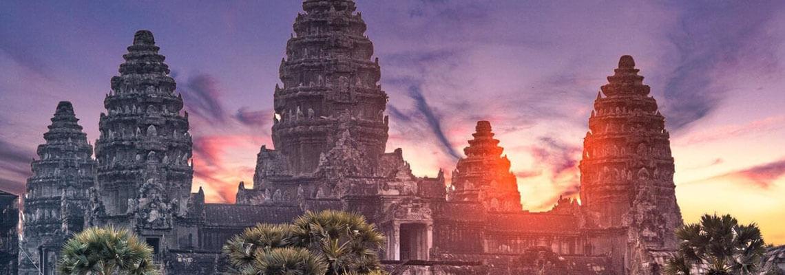 De la baie d'Halong aux temples d'Angkor en 14 jours