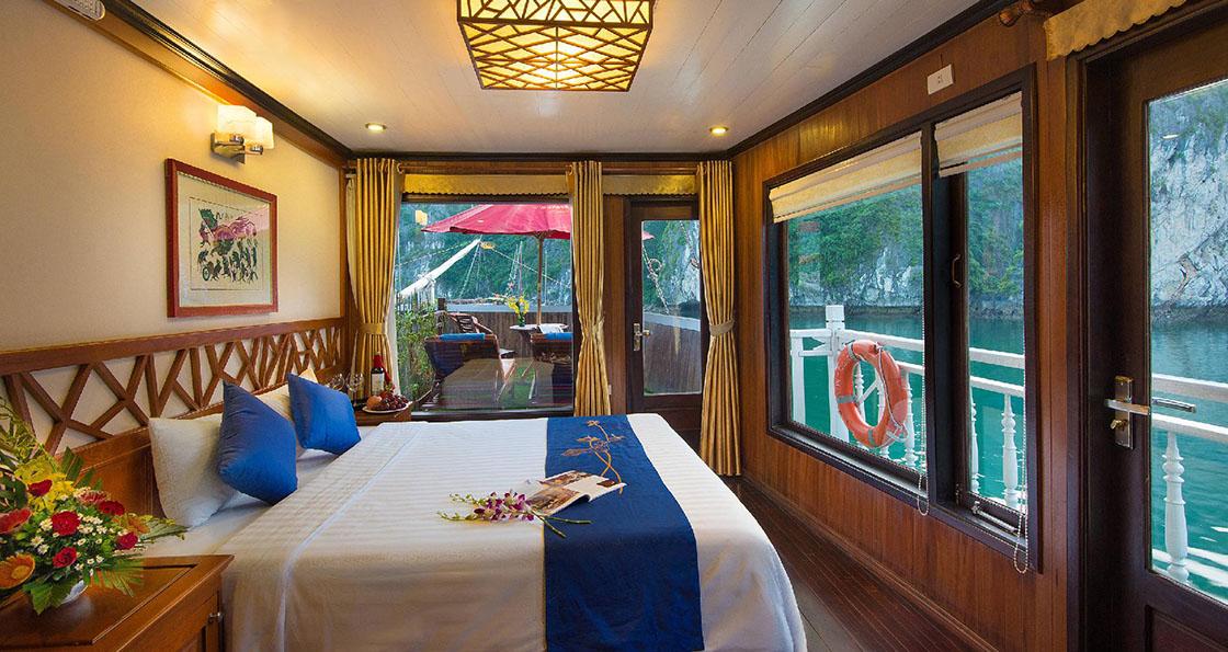 Jonque Gray Line cabine