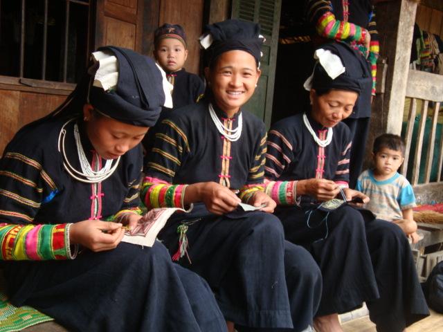 agence de voyage avec le rencontre des ethnies