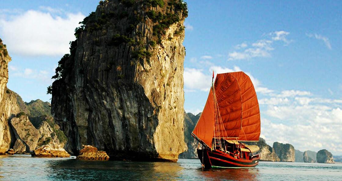 jonque privée baie d'Halong
