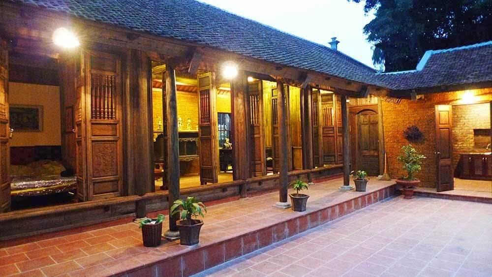 Architecture de la maison du village Duong Lam