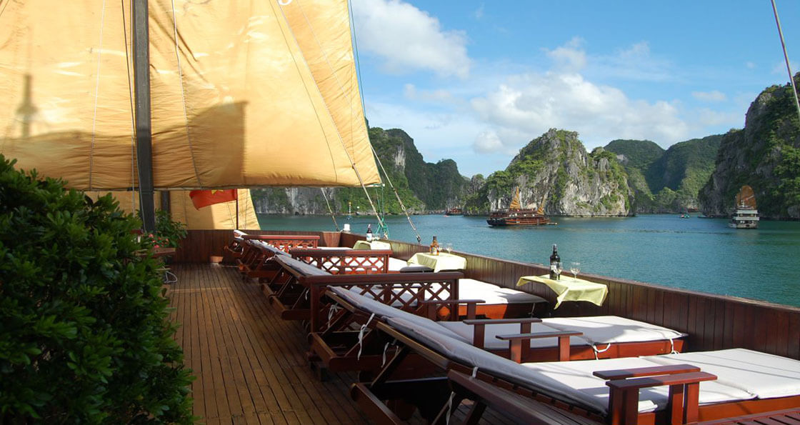 Jonque Indochina Sails terrasse