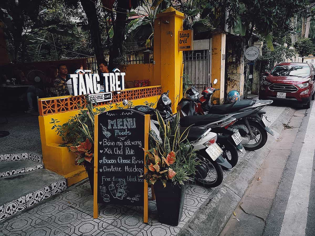 Tang Tret Cosmo Cafe