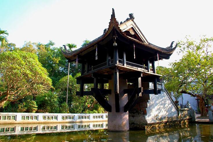 Voyage à Hanoi - visiter la pagode Tran Quoc