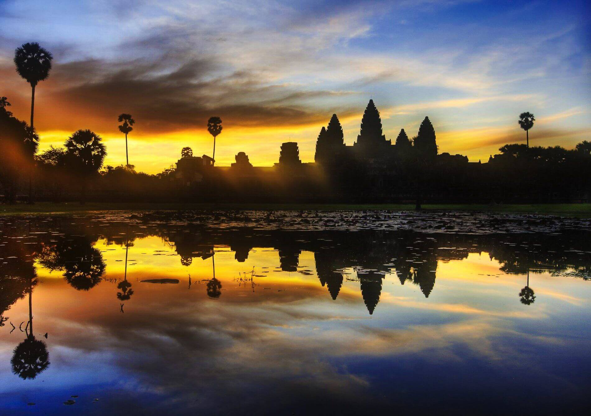 coucher du soleil à Angkor Vat