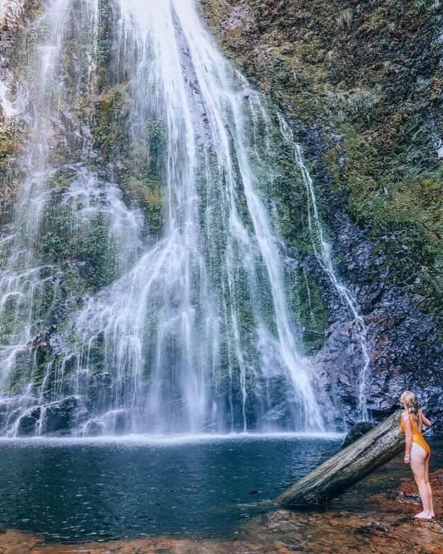 Admirez la belle cascade d'amour