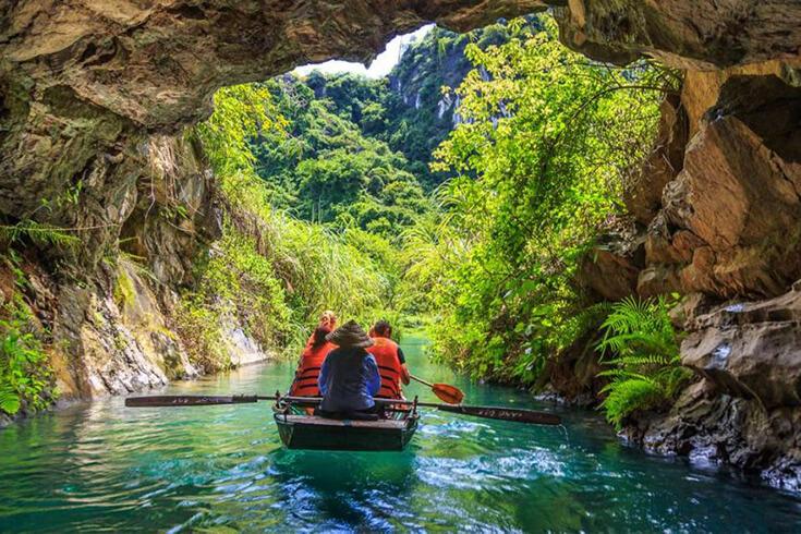 Balade en bateau à Trang An