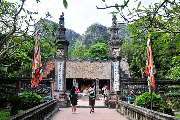 Le temple du roi Dinh