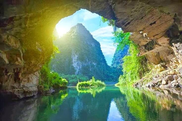 Les grottes de Trang An
