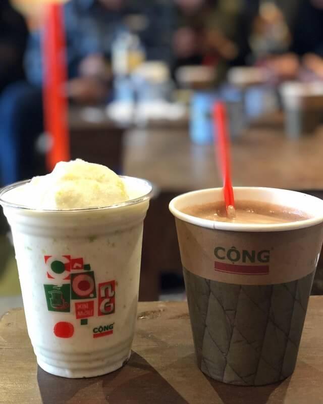 Prendre du café au Cong Caphe