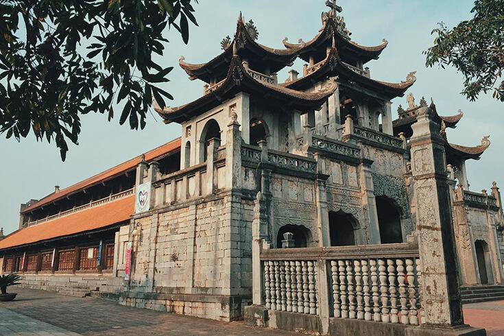 Quelques choses sur la cathédrale de Phat Diem