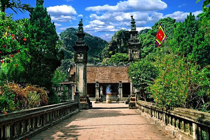 Visiter l'ancienne capitale Hoa Lu