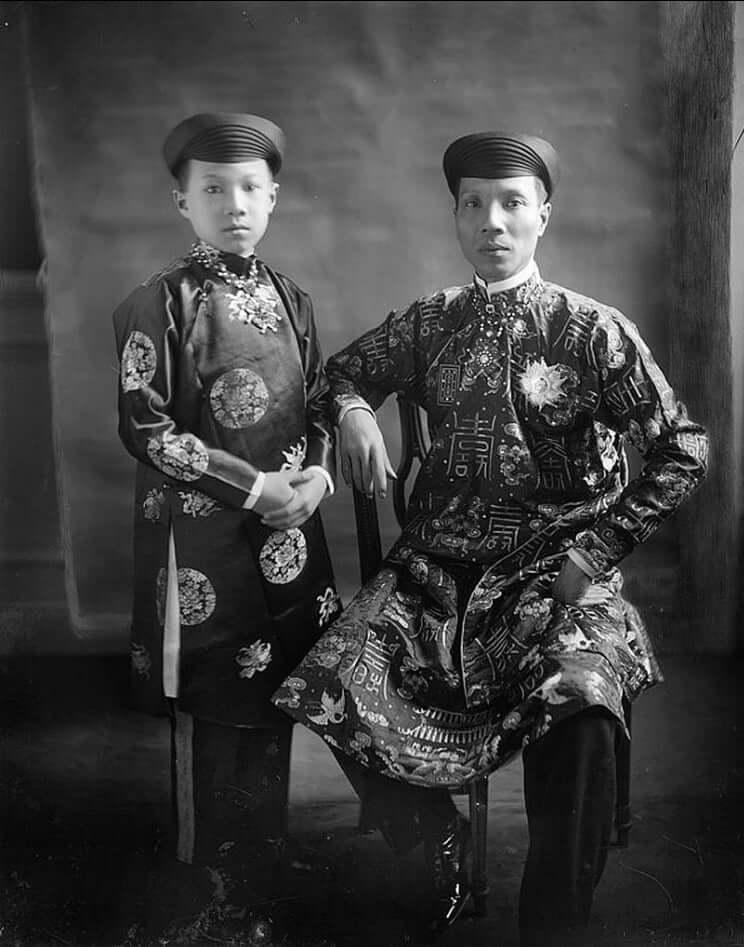 khai avec son fils, Vinh Thuy