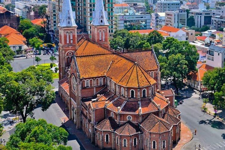 Rénovation de la cathédrale notre-dame de saïgon