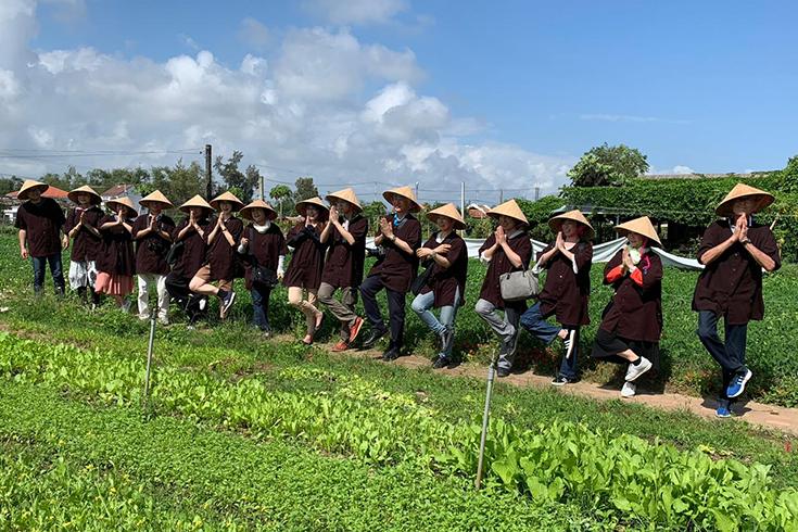 Réserver l'excursion organisée du village de Tra Que