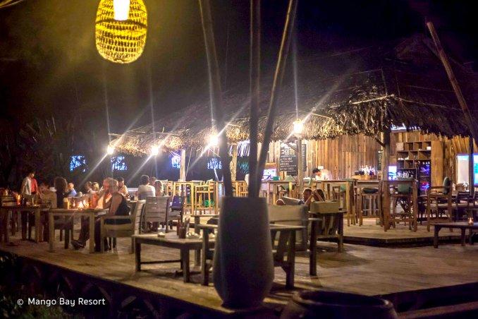 Beach Bar à Mango Bay Resort