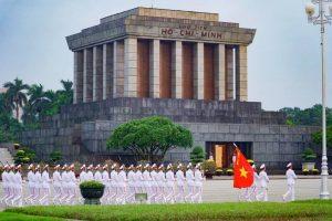 hanoi guide Mausolée Ho Chi Minh