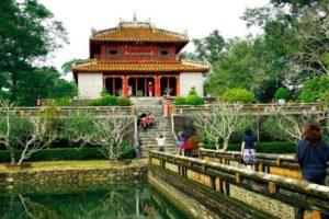 visiter le tombeau Minh Mang